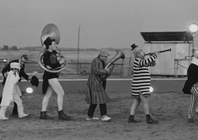 Scena di 8½ di Federico Fellini con parrucche Rocchetti
