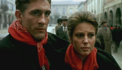 Una scena del film con Stefania Sandrelli e Gerard Depardieu