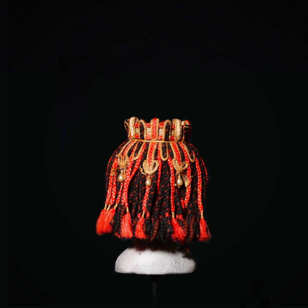 Copricapo con corona