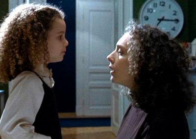 Scena del film La Sconosciuta con parrucche Rocchetti