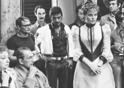 Set del film L'innocente di Luchino Visconti con parrucche Rocchetti