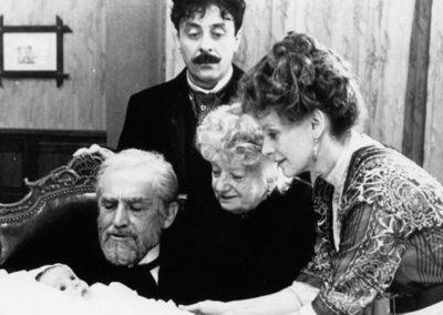 Scene de La Famiglia di Ettore sScola
